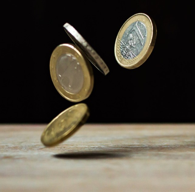 Salario de un TCAE todo lo que necesitas saber