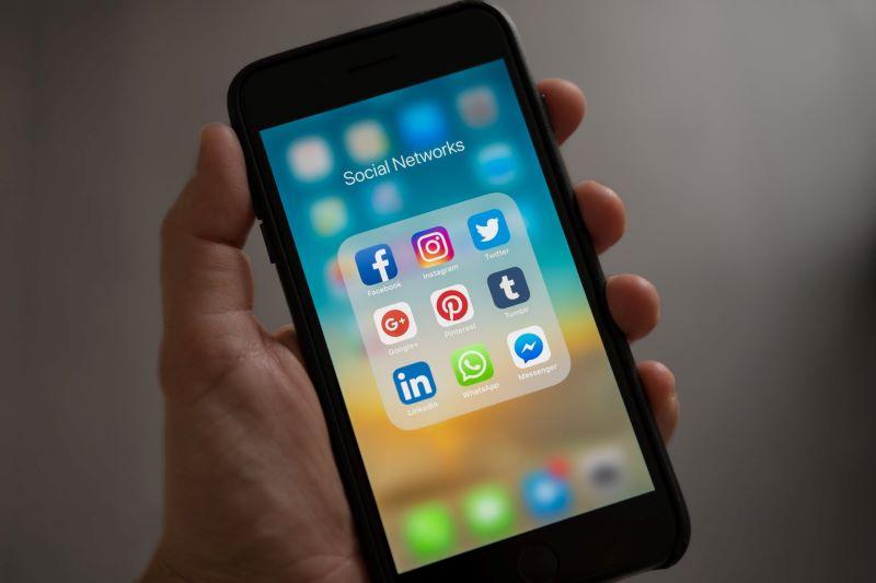 redes sociales ebora