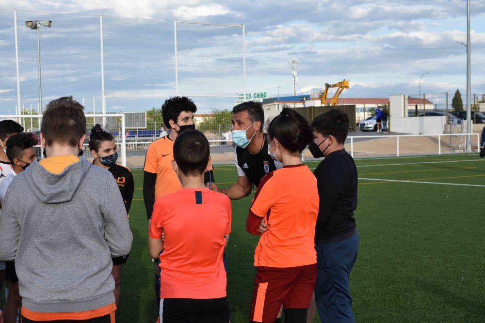 técnico deportivo en entrenador de futbol